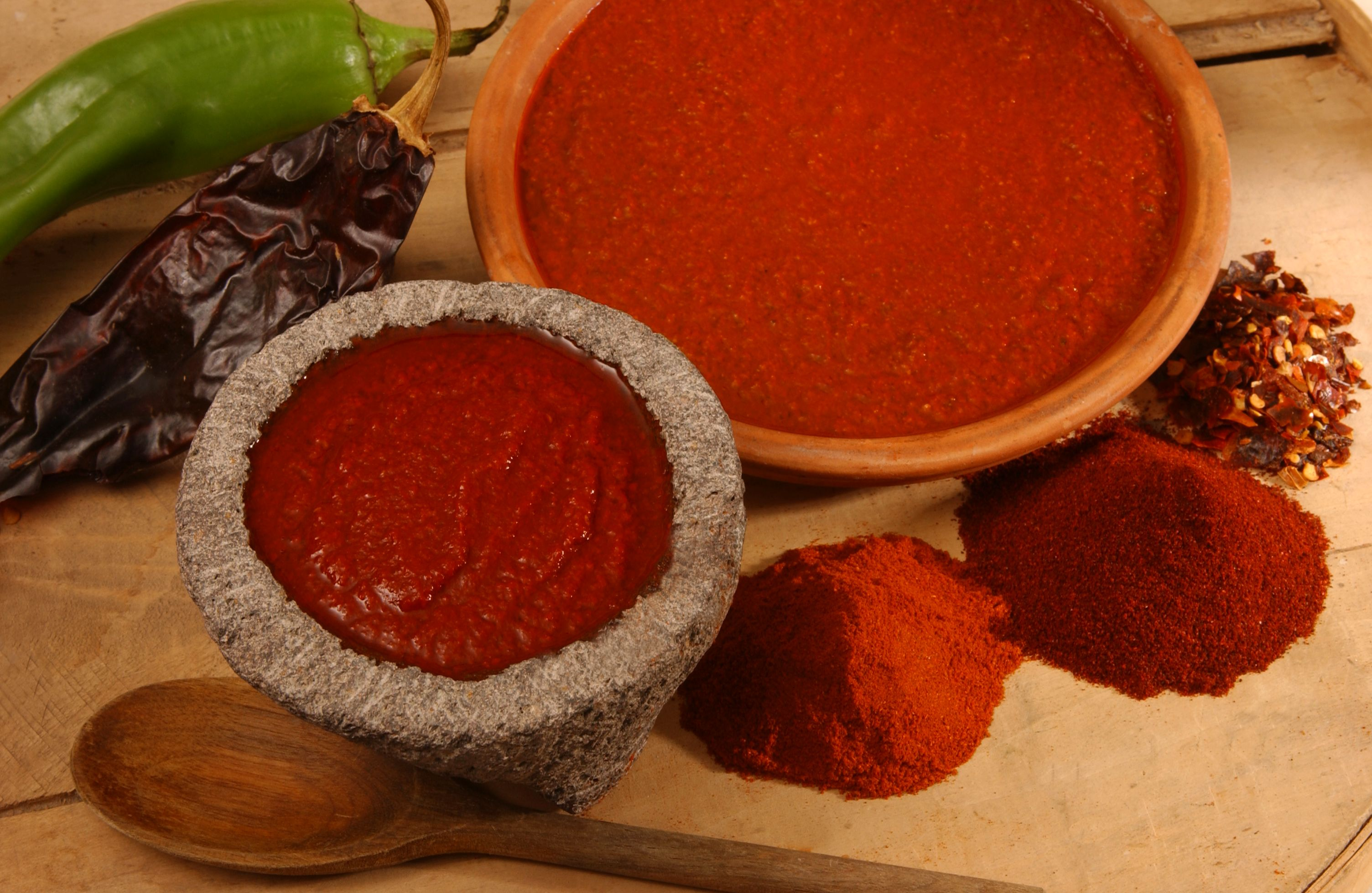 Mama S Basic Red Chile Sauce Bueno Foods